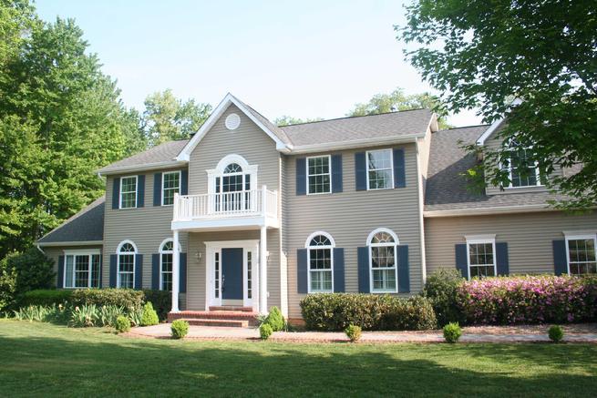 Virginia real estate for Seneca custom homes